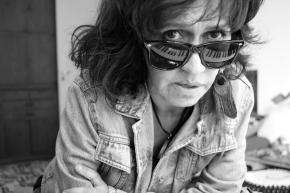 """Entrevista a Cristina Dall: """"Hacer bajo mi lectura, una versión de los temas que recuerdo de miniñez"""""""