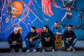 """Viejo Farol: """"Era una necesidad de la banda tener un material nuevo para mostrar el sonidoactual"""""""